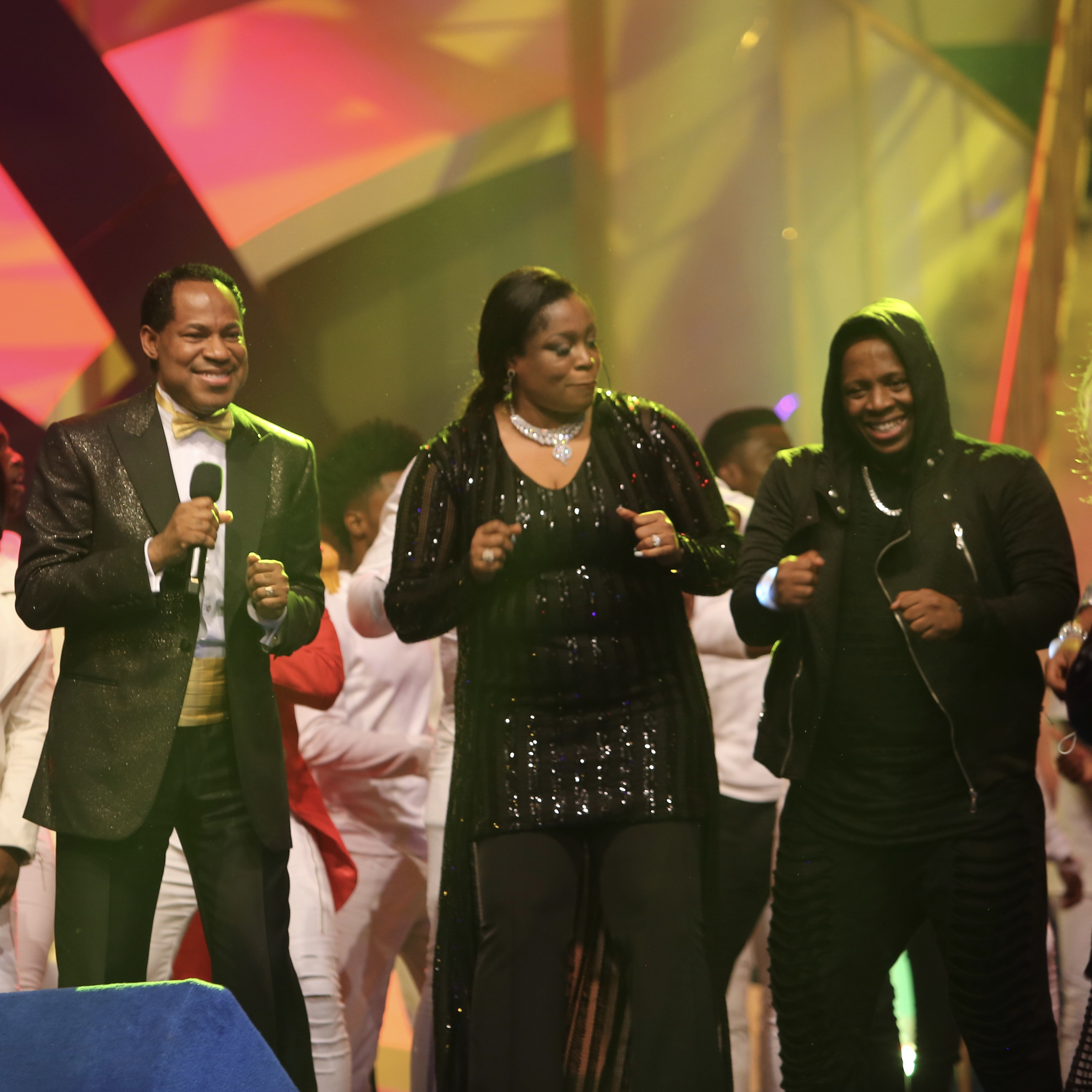 Pastor Chris, Sinach, Other Artistes Show Off Dance Moves at #IMC2017